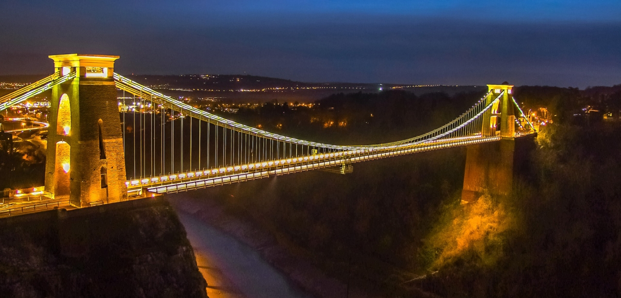Bristol suspension bridge at night