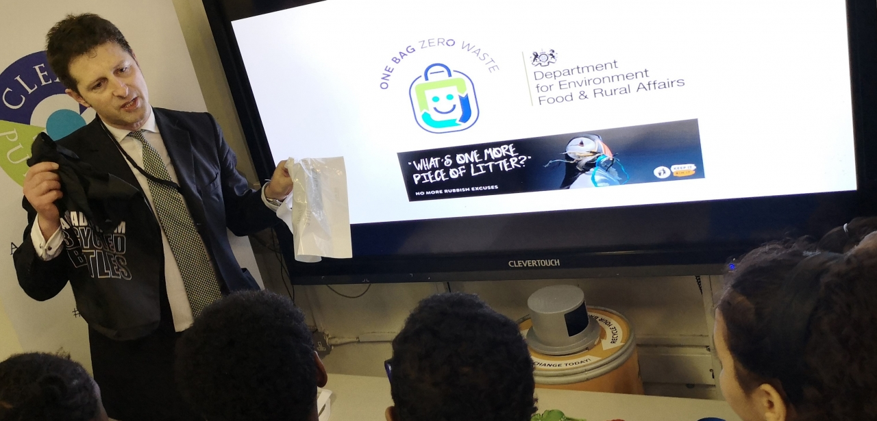 Luke Douglas-Home delivers a circular economy lesson to pupils.