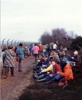 An image of Greenham Common women's protest 1982
