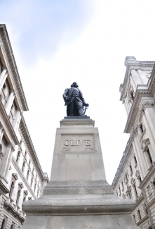 Statue of Robert Clive in London