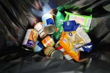 Non perishable foods donated in Birmingham