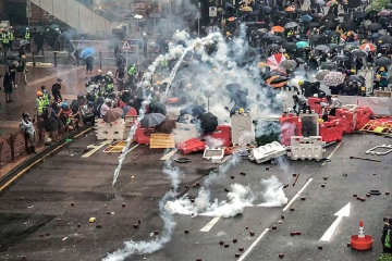 An image of protestors in Hong Kong